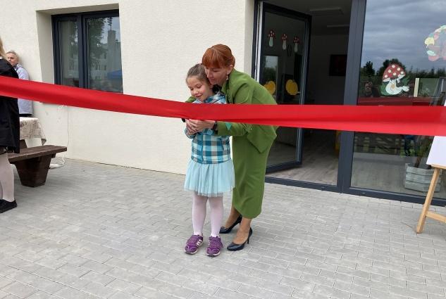 Nowe domy dziecka wypełnione uśmiechami