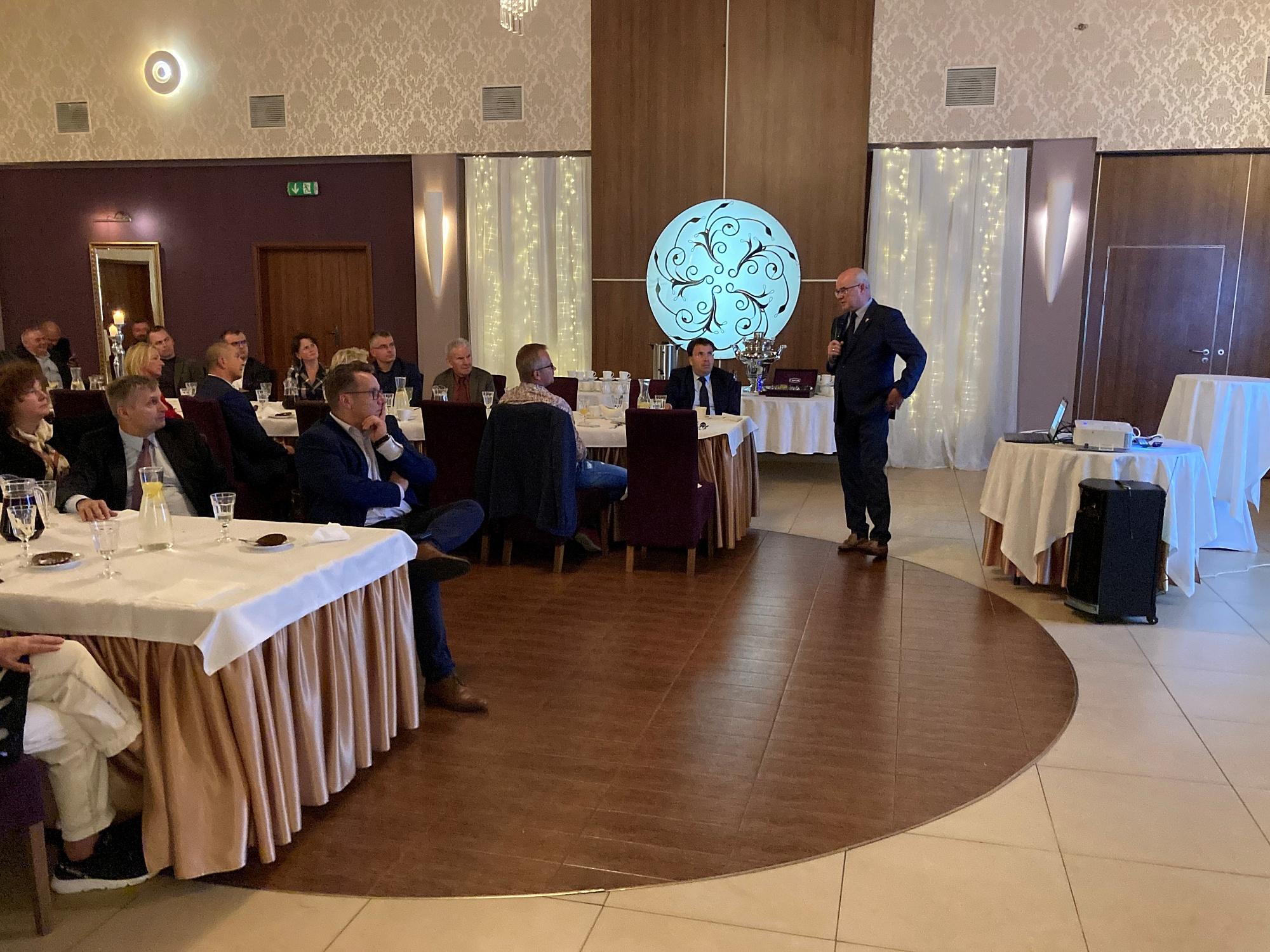 Generał broni Waldemar Skrzypczak wygłosił wykład w Gnieźnie!